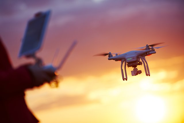 <p>Best drones for aerial photography beginners, from DJI and Revell</p>