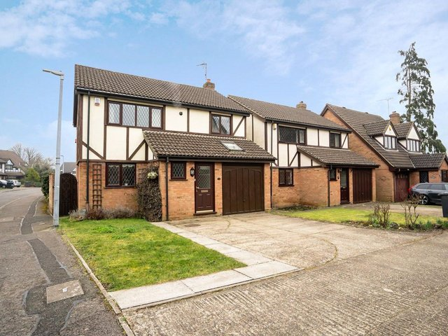 A stunning four bedroom detached property in the heart of Leighton Buzzard.