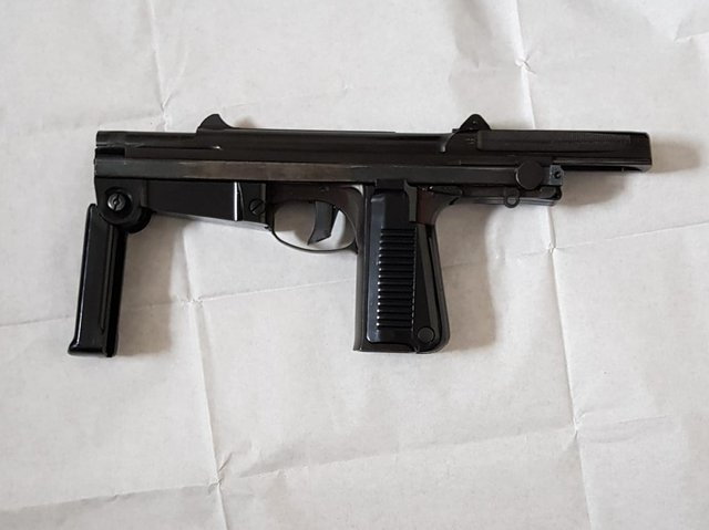 A long-barreled machine gun seized from Lake Street this morning