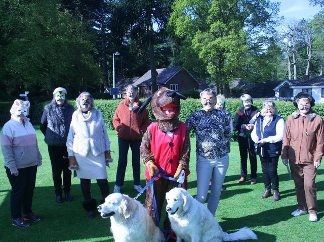 Ladies with Captain Sandra Carter with her Vice Captain Lesley Bednarek and pet golden retrievers Beth and Tilly