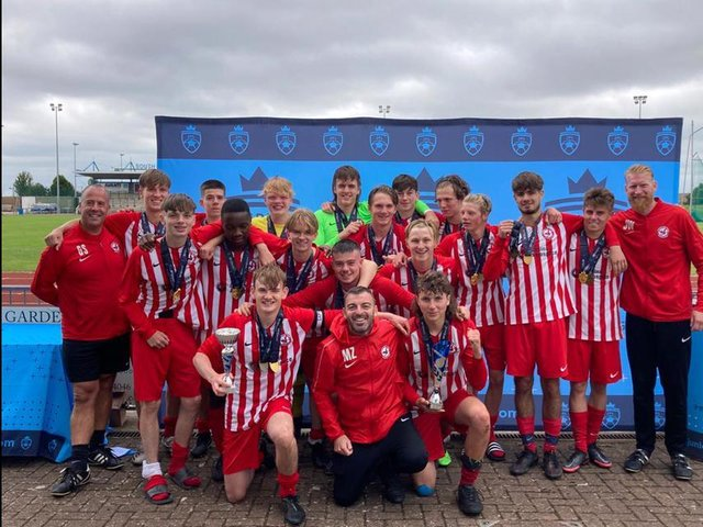 Leighton Town Youth Under 16s